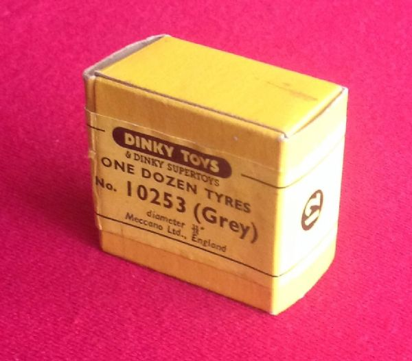 ORIGINAL DINKY TOYS SALES NO 083 20MM JOB NO 10253 GREY TYRE  [ PRICE IS PER UNOPENED SEALED BOX OF CONTAINING 12]